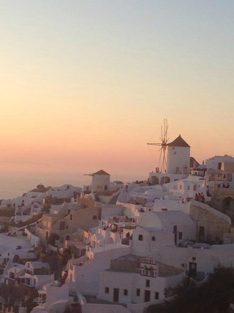Sunset in Oia: the village