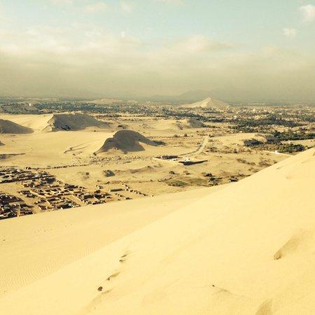 Viajes Paracas : The sand dunes