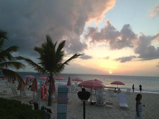 Ocean Club Resort: Sunset from Cabana Bar