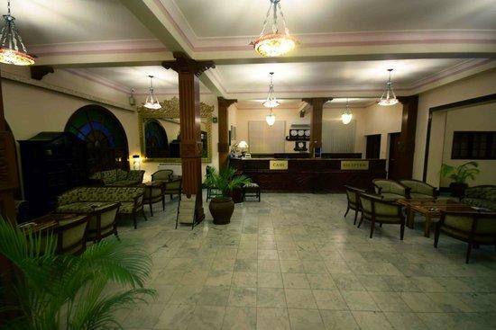 Protea Hotel by Marriott Dar es Salaam Courtyard : Lobby - Protea Courtyard Dar