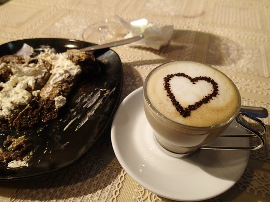 Old Taverna Sorrentina Cooking School: Tiramisu/Cappucino