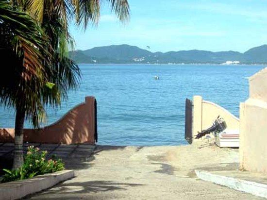 Playa de Santiago Hotel: rampa para lanchas
