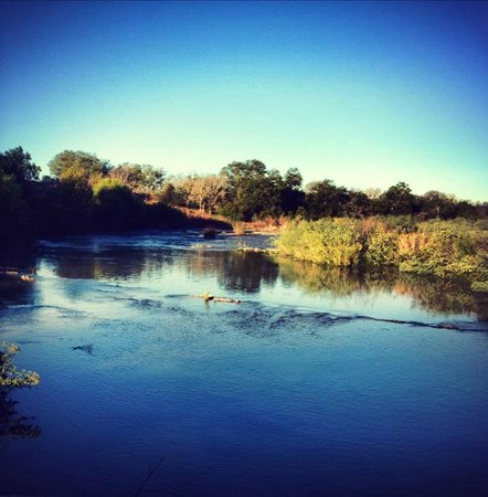 Monarc Ranch: Pedernales River access, bring your fishing pole