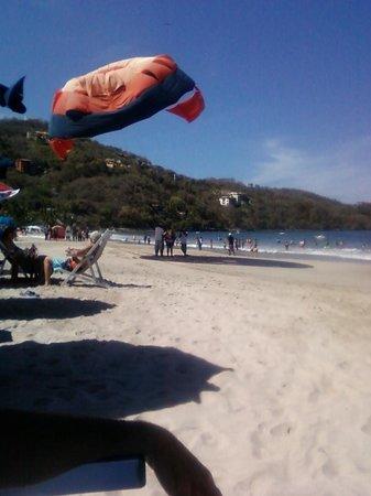 Amuleto: Playa La Ropa