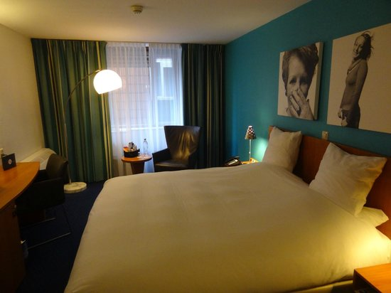 Inntel Hotels Amsterdam Centre: Executive Room on 3rd floor