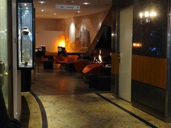Inntel Hotels Amsterdam Centre: Lobby