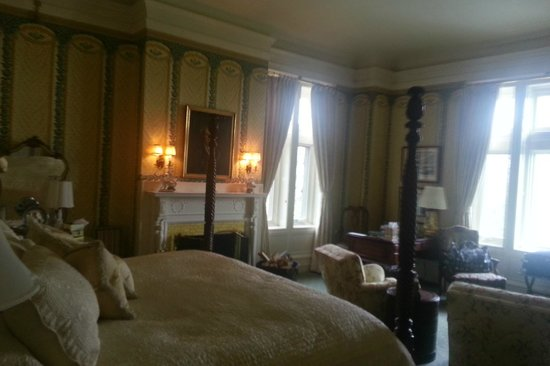 Blantyre: Corner room