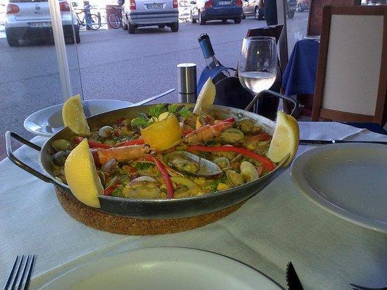 Paella at O Marisco