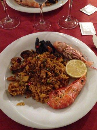 "Restaurant Koxkera: Delicious ""paella marinara"""