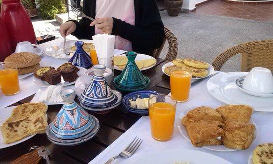 Dar El Kasbah: Breakfast