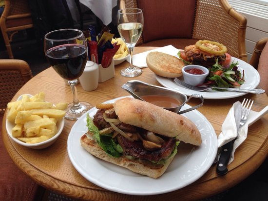 Boyne Valley Hotel & Country Club: The steak panini with mushrooms and sauté onions and the beef burger meal