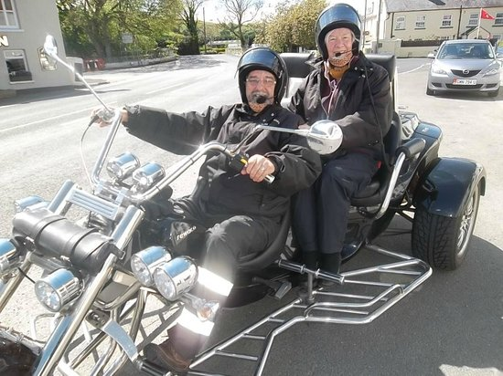 IOM Trike Tours: Photo opportunity at Ballaugh bridge on the course