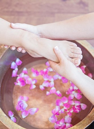 Body Sanctum Day Spa : Our Fiji foot revival is pure bliss!