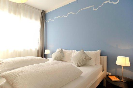 Stop & Sleep Udine Fronte Stazione: suite Napoli