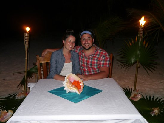 Tranquility Bay Resort : Our private honeymoon dinner on the beach - Thank you, Tranquility Bay!