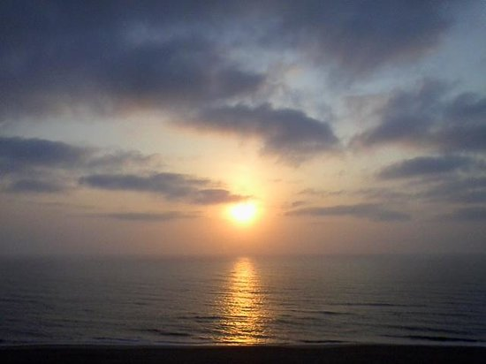 Hampton Inn Virginia Beach Oceanfront North : Birth of a New Day