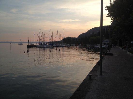 Lago di Garda: Sunset on Lake Garda