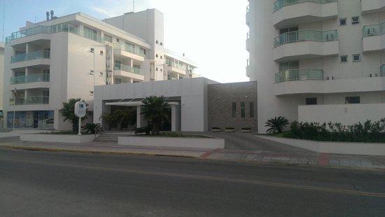SLAVIERO ESSENTIAL Florianopolis Ingleses Acquamar: Frente do Hotel