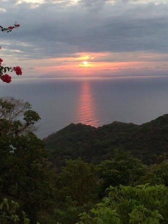 Hotel Villa Caletas : Coucher de soleil vue de la chambre