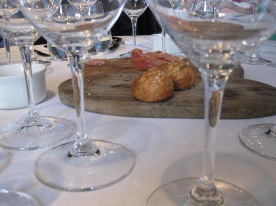 Medlar: Cheese puffs & prosciutto