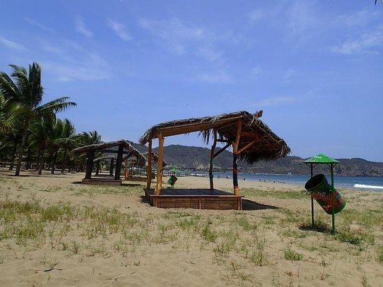Hosteria Mandala: Beach & Private Cabanas