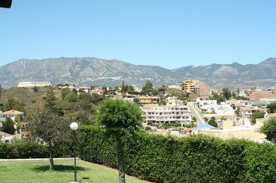 CLC Club La Costa World : Towards Mijas Village