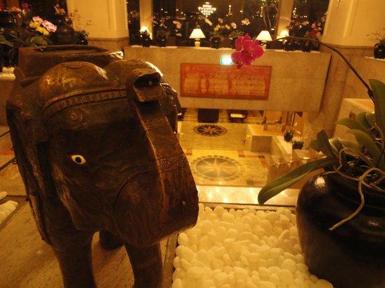 Hilton Colombo: Hotel Lobby