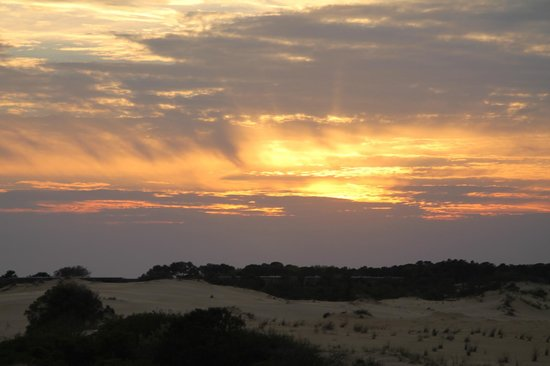 Hilton Garden Inn Outer Banks/Kitty Hawk: Sunset from Jockey Ridge dunes