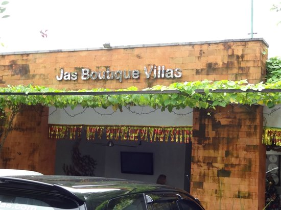 Jas Boutique Villas: Entrance