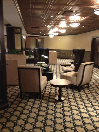 The Artesian Hotel, Casino & Spa: common room