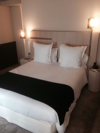 Hotel De Nell : Deluxe zimmer