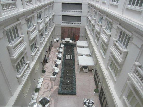 Hotel de l'Opera Hanoi - MGallery Collection: Courtyard