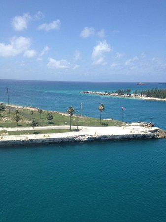 Grand Lucayan, Bahamas: Docking