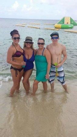 Mr Sanchos Beach Club Cozumel : Great time at Mr sanchos!