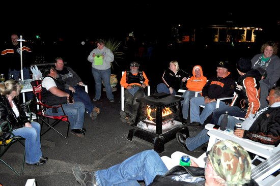 The View Motel : Chatting around the bonfire!!  Great times!