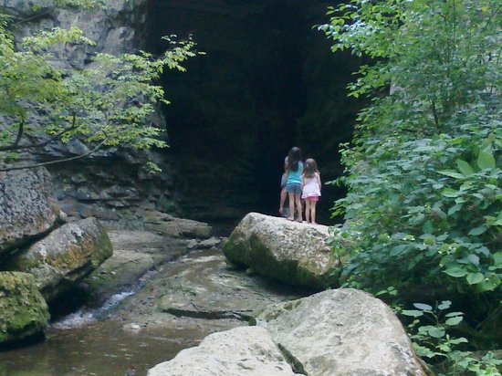 Spring Mill State Park: Awesome trails