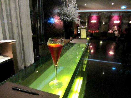 VIE Hotel Bangkok, MGallery by Sofitel : Welcome drink for Accor platinum status.
