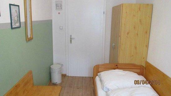Pension Lindner: Habitación single en tercer piso