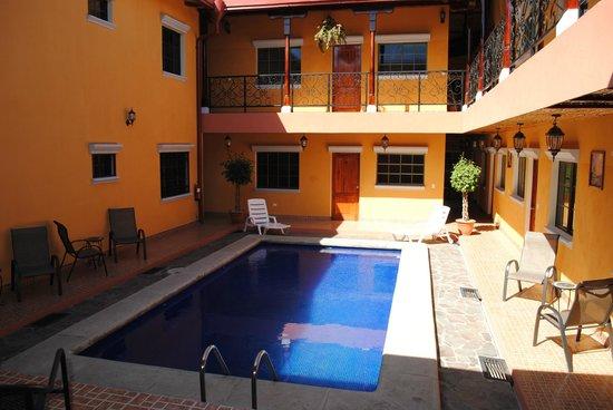 Aparta Hotel La Casona de Fabiana: Área de pasillo