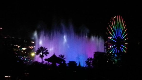 Disney's Paradise Pier Hotel: World of Color from room 804