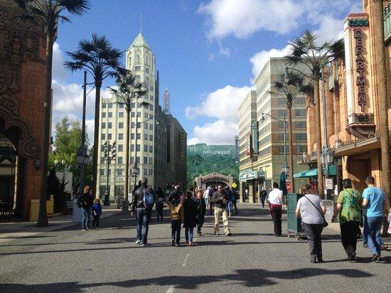 Walt Disney Studios: Studios