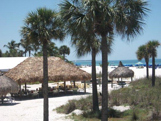 Sirata Beach Resort : View of Rum Runners dining area