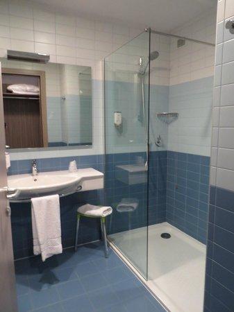 Mercure Venezia Marghera hotel: Banheiro