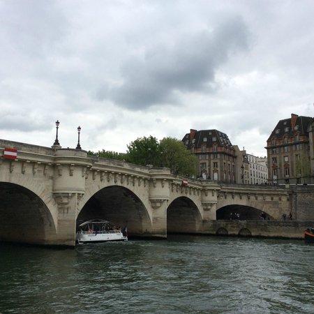 Pont-Neuf: Pont Neuf from the Ile de la Cite western tip