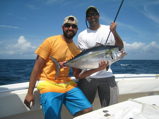 Sailfishhhhh picture of miami fishing charters llc for Fishing charters cleveland ohio