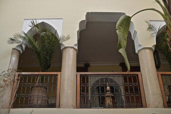 Riad El Youssoufi : primeiro andar
