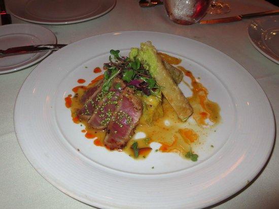 The Winery Restaurant & Wine Bar: Seared Ahi Tuna