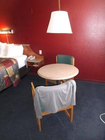 Red Roof Inn Gallup : Habitacion 242.