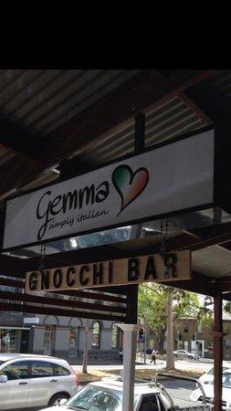Gemma Simply Italian
