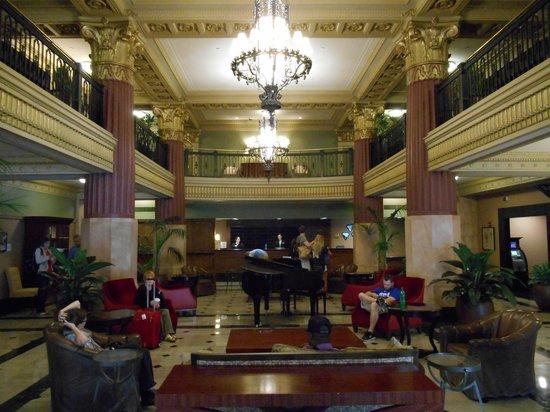 Hilton President Kansas City: Lobby